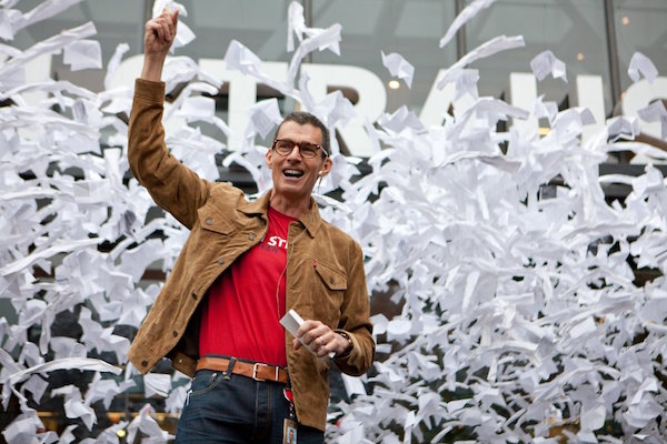 4 Leadership Lessons from Levi Strauss CEO Chip Bergh