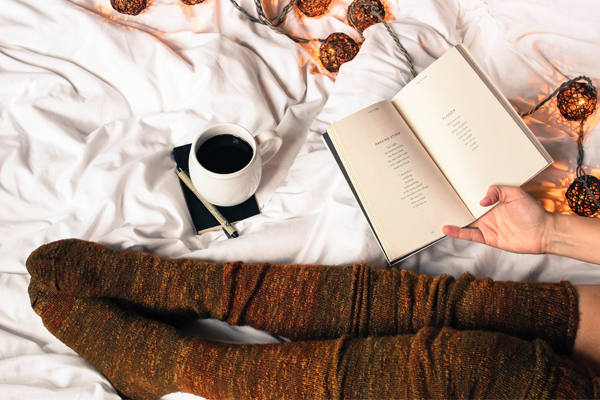 reading in bed to recharge