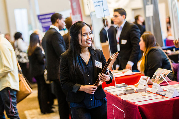 5 tips to ace a career fair